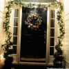 door_with_garland