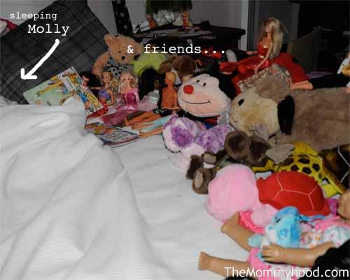 sleepover_with_toys